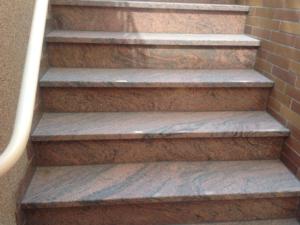 Gestaltung, Erneuerung einer Treppe. Meisterbau Langenselbold